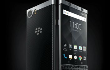 Vista frontal y trasera de KEYone BlackBerry